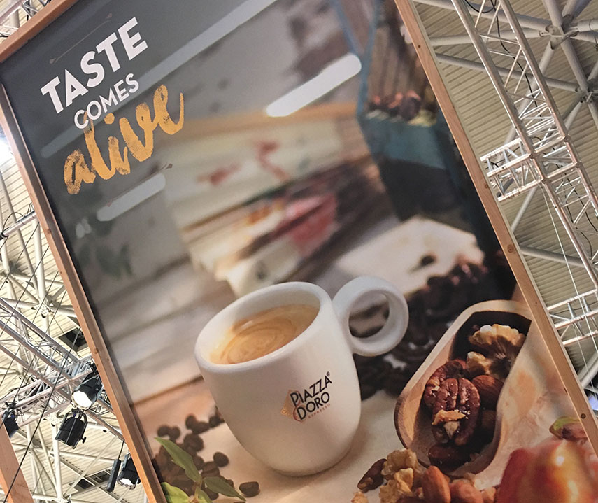 Eating out: trends 'concious' and 'experience' visible in hospitality industry (horeca) - www.morethanmayocom/trend-bewust-beleving-horeca | Image: taste comes alive - credits: More than Mayo foodconcepts