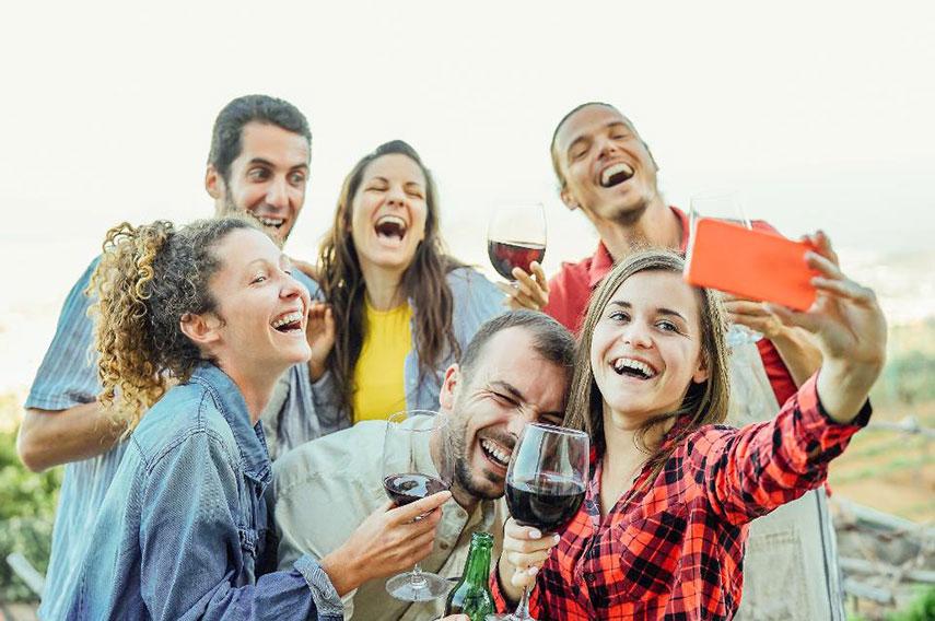 Waarom multisensorische events meer regel dan uitzondering (moeten) zijn - www.morethanmayo.com/multisensorische-events-meer-regel-dan-uitzondering | Image: Millennials - source: www.forbes.com